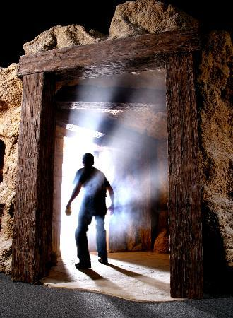 Tomb Egyptian Adventure: Enter at your own risk!