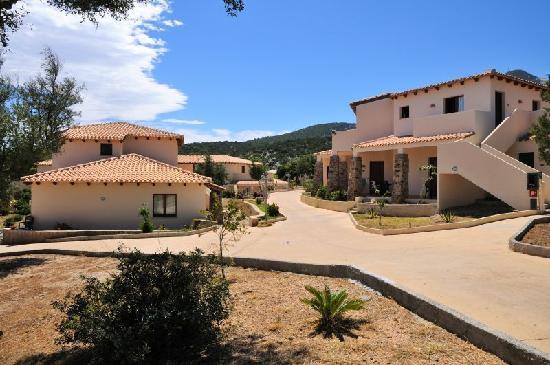Cala Gonone Beach Village : struttura