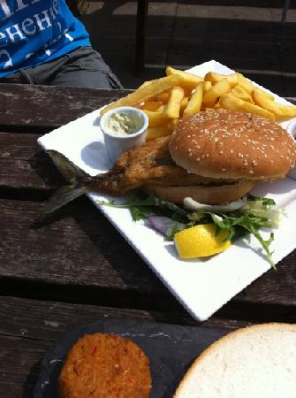 The Minnis Bay Bar & Brasserie: mackerel burger