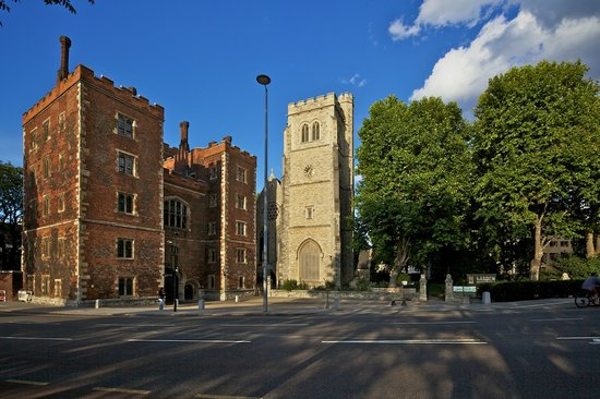 Garden Museum : We are located next to Lambeth Palace just across the Thames from the Houses of Parliament