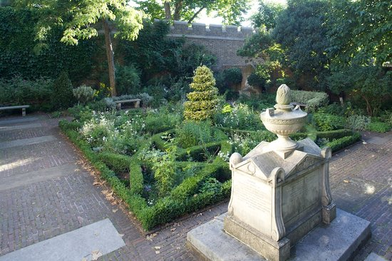 Garden Museum: This is the tomb of Capt Bligh of the Bounty fame.  Image courtesy of Sophie Mutevelian
