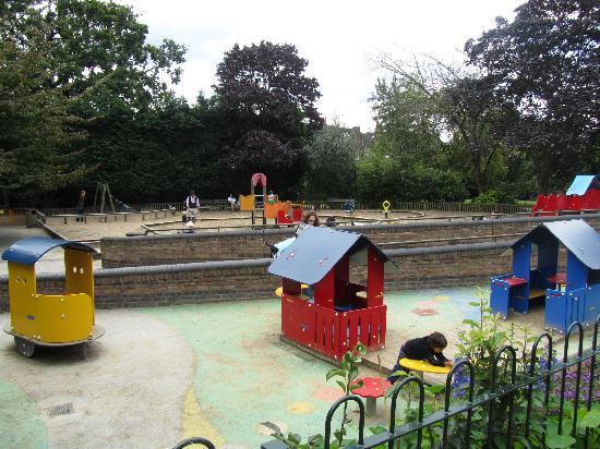 Holland Park Parco Giochi Per I Pi Piccini Adventure Playground