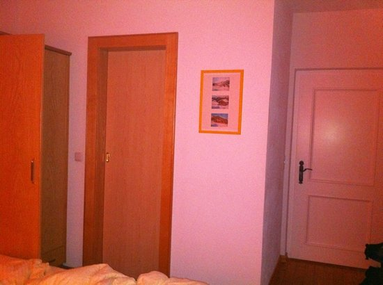 Apart Garni Gannerhof: camera con bagno privato