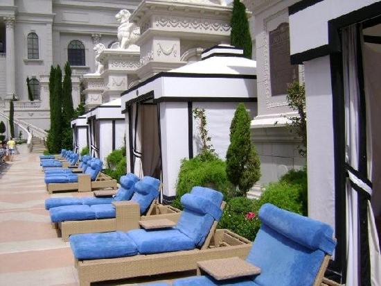 Pool Beds pool beds - picture of caesars palace, las vegas - tripadvisor