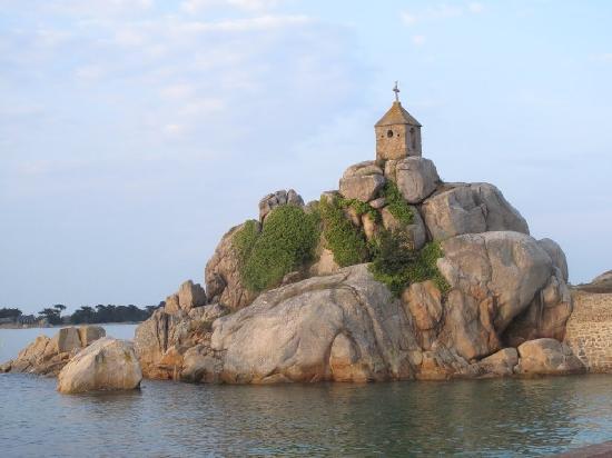 Baden, France: La sentinelle de Port Blanc