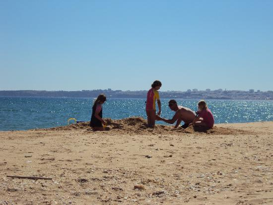 Foz da Ria: Closest beach, Lagos in the background - mid August and not busy!