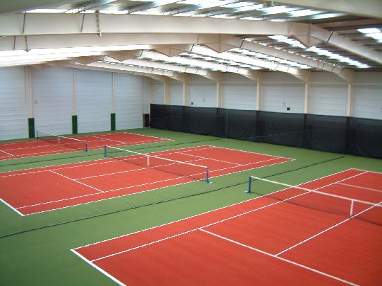 Fowley Cross, UK: 4x4 Indoor Tennis Hall