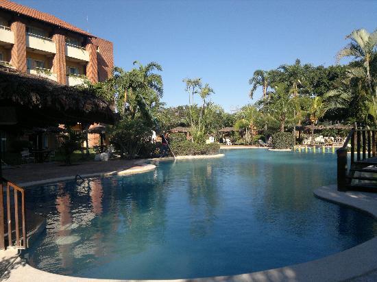 Camino Real Hotel: Pool