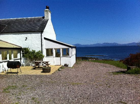 Kintyre Cottages: Ballimenach Farmhouse