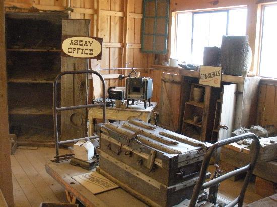 Big Thunder Gold Mine: gold mine equipment