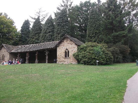 Cannon Hall Museum: The Deer Hut