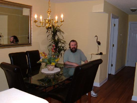 Ellington at Wachesaw Plantation East: Dinign Room Area