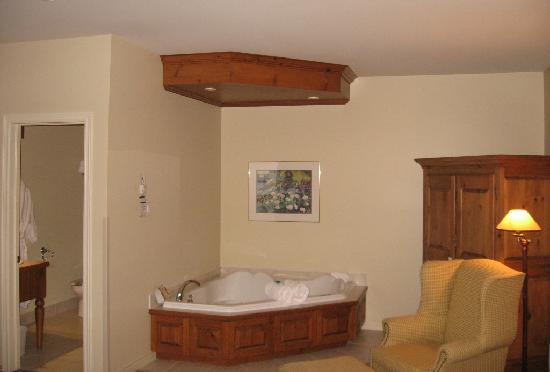 Auberge Handfield Et Spa : The room 1