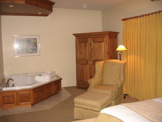 Auberge Handfield Et Spa : The room 4