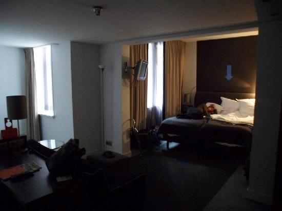 Hampshire Hotel - Rembrandt Square Amsterdam: The beds are so comfy!