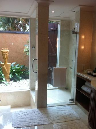 The Oberoi, Mauritius: bathroom