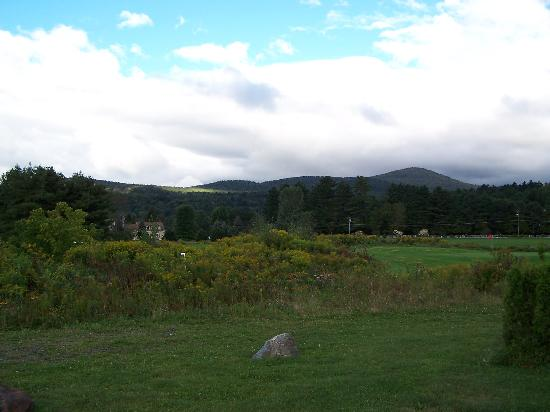 Stoweflake Mountain Resort & Spa: View from Front Porch