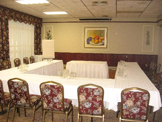 Auberge des 21: Meeting room