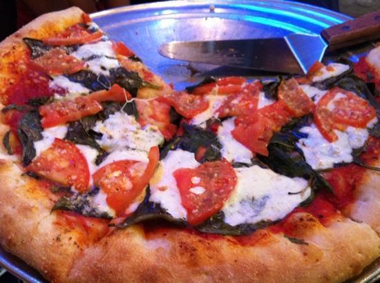 Johnny Brusco's New York Style Pizza: margherita pizza