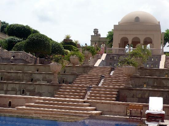 The Oberoi Amarvilas: Swimming pool