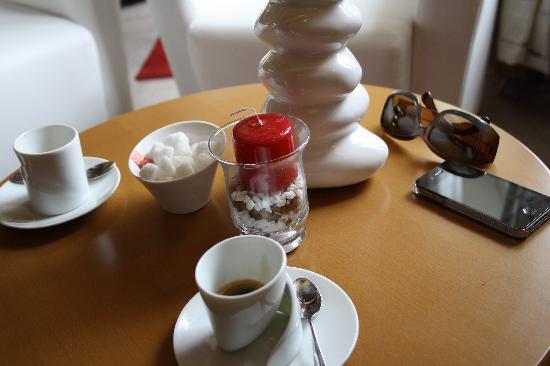 Hotel de la Marne : caffe' al bar