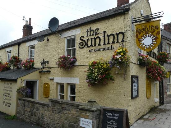 The Sun Inn: Outside view