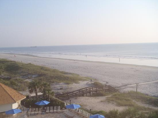 Courtyard by Marriott Jacksonville Beach Oceanfront: view from the balcony