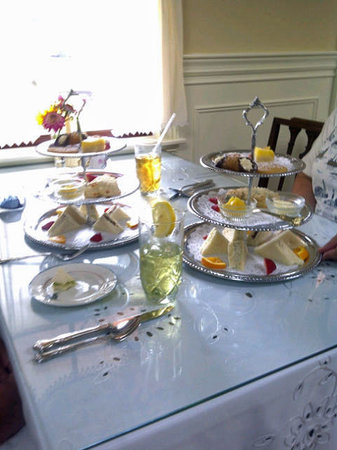 Heath's Tea Room: High tea offerings