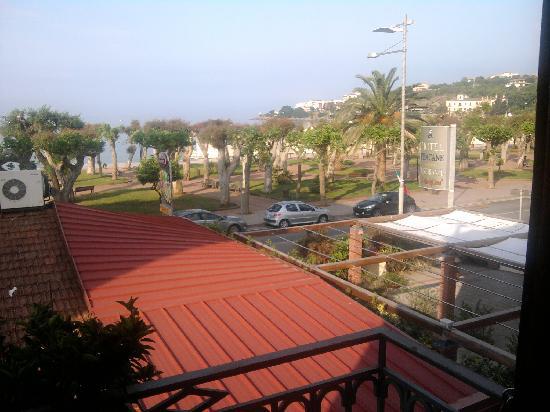 Hotel Pisacane: Vista dalla camera