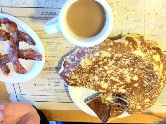 Talkeetna Roadhouse: sourdough pancakes