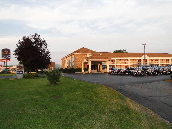 BEST WESTERN Inn of St. Charles: Just a little get together