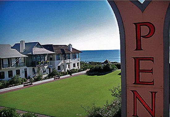 Rosemary Beach Inn: View from Pensione Inn