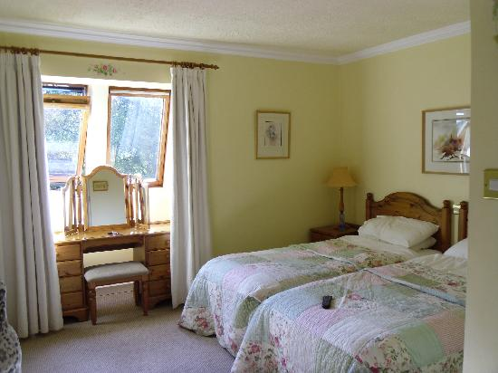 Kathleens Country House: Room