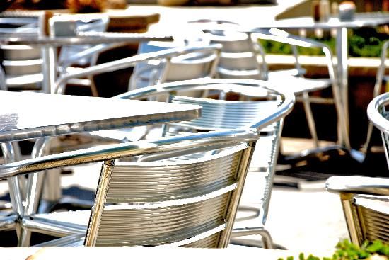 Custom House: Sun-drenched tables near us
