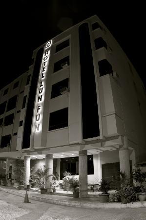Hotel Lun Fun Manta: HOTEL