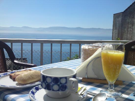 Hotel Siroco : Desayuno en la terraza