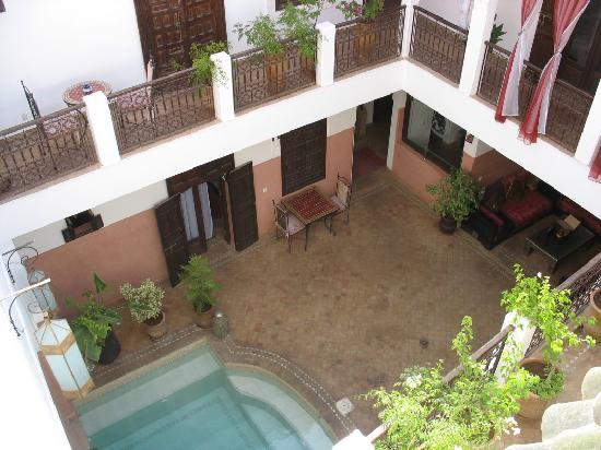 Riad Anya: Vue de la terrasse du haut