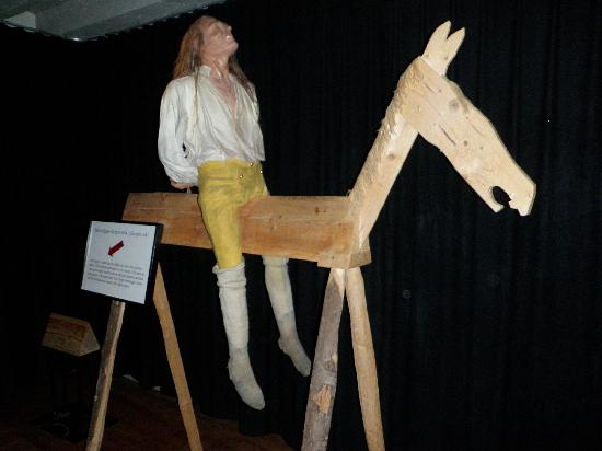 """The Army Museum: Saw horse used to punish men for up to an hour, while I lasted about 15 seconds on the """"trainer"""""""