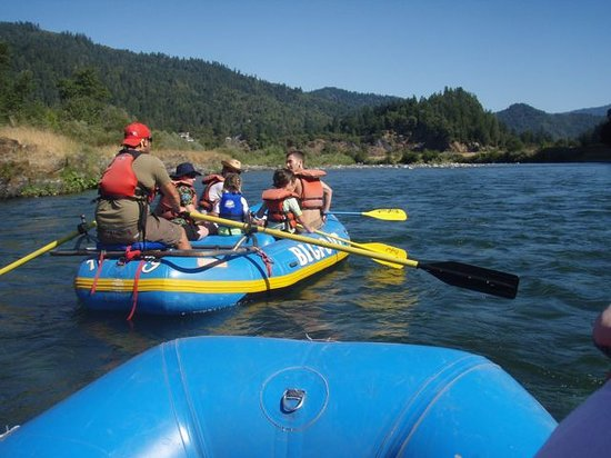 Bigfoot Rafting Day Trips: Setting out (we were 2 rafts full)