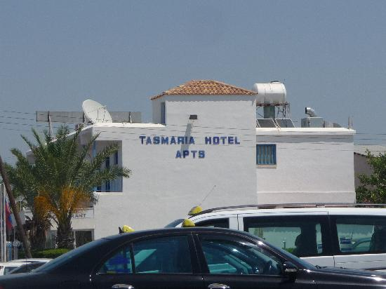 Tasmaria Hotel Apts.: View of hotel sign from Tea for Two cafe/restaurant on Tomb of the Kings Road