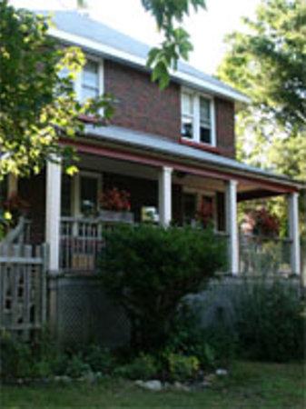 Artemis Guest House