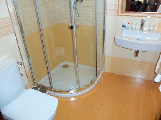 Hostal / Pension Rodri: Hostal Rodri Bathroom