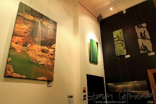 Whanake Gallery & Espresso Bar: Wall Art