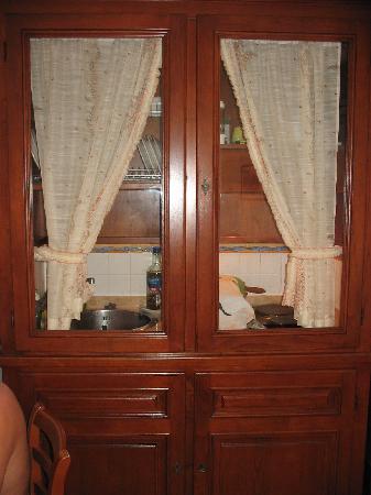 """Residence Villa Degli Dei: Il praticissimo angolo cottura """"a scomparsa"""""""