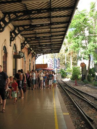 Ferrocarril de Soller : The station at Palma.
