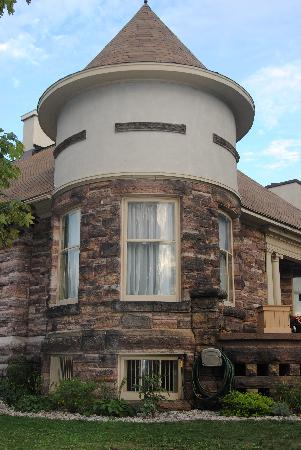 Elmcroft B&B: The Tower
