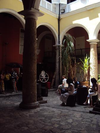 Museo del Ron Havana Club: lugar de espera