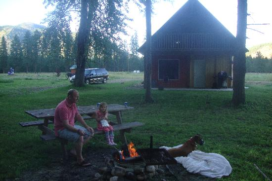 PV Ranch Adventures : Toasting marshmallows