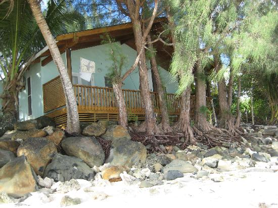 写真Maiana Guesthouse and Beach Bungalows枚