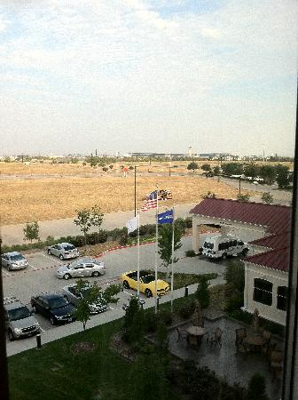 Hilton Garden Inn DFW North Grapevine: view out window DFW airport in far background